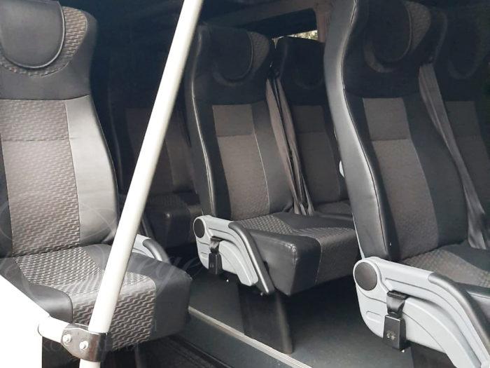 Volkswagen Crafter (белый, 20 мест)