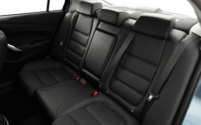 Mazda-6 (черный)
