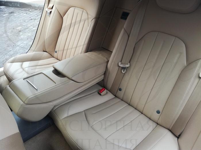 Audi A8 long (белый)