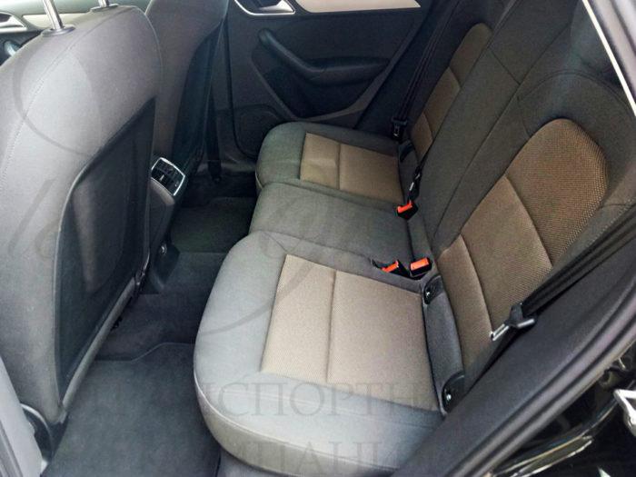 Audi Q3 (черный)