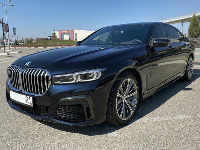 BMW-7 G11 LCI (черный)