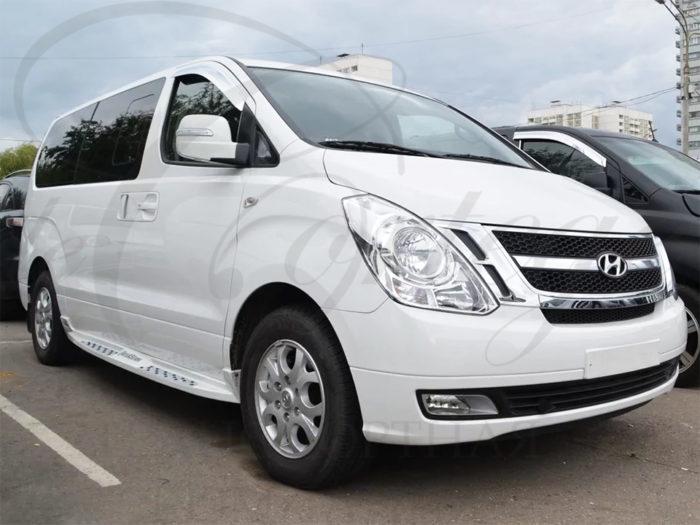 Hyundai H1 (белый, 7 мест)