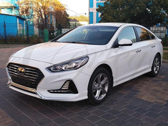 Hyundai Sonata (белый)
