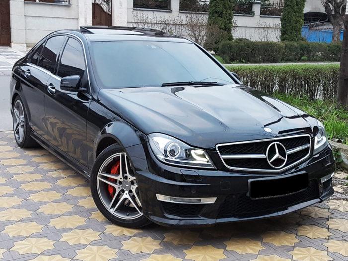 Mercedes-Benz C W204 (черный)