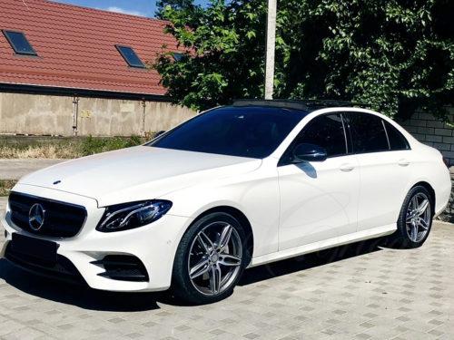 Mercedes-Benz E W213 (белый)