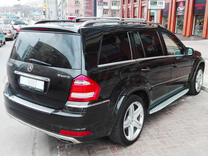 Mercedes-Benz GL (черный)