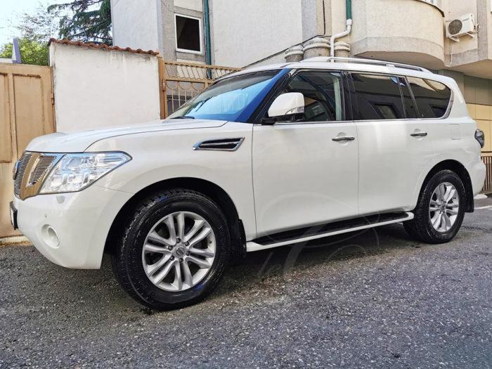 Nissan Patrol (белый)