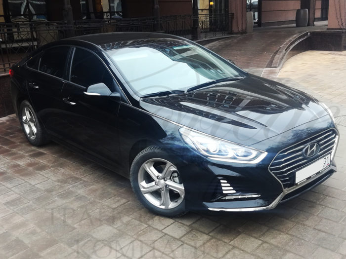 Hyundai Sonata (черный)