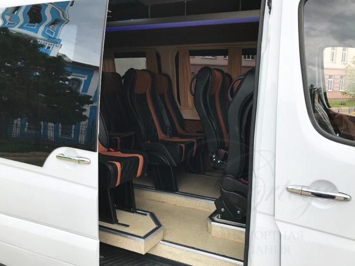 Mercedes-Benz Sprinter VIP (белый, 20 мест)