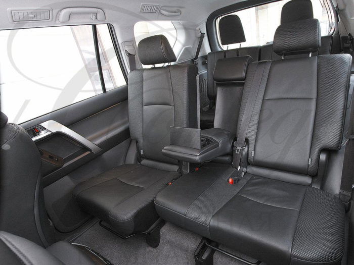 Toyota Land Cruiser Prado (белый)
